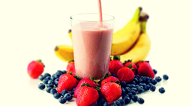 strawberry-banana-blueberry-smoothie
